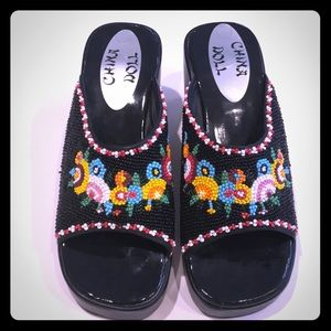 Beaded shoes ⭐️New Listing⭐️